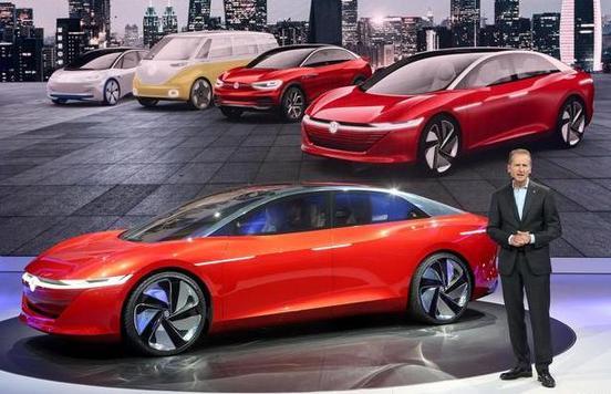 大众汽车品牌三款全新轿车亮相2018年北京国际车展