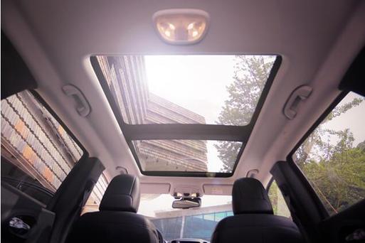 为什么一定要买大天窗SUV 进来教你解锁天窗隐藏技能