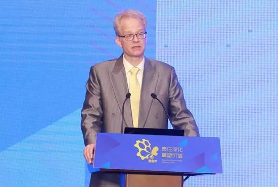瑞典驻华大使馆副馆长、公使衔参赞安凯福