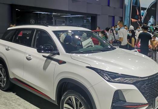 """重庆前5月整车出口量价齐升""""一带一路""""倡议成新引擎"""