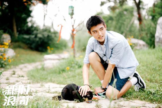 陈红儿子撞脸吴亦凡 低调的高颜值星二代还有谁