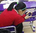 14少女颈椎老化程度相当于50岁 因经常玩手机导致