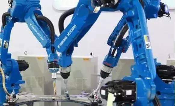 所经营的motoman机器人年产量居世界前列,广泛应用于弧焊,点焊,涂胶图片