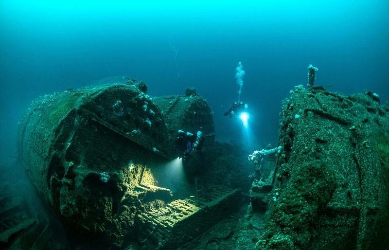 英国百年前沉没的运兵船残骸 锈迹斑驳