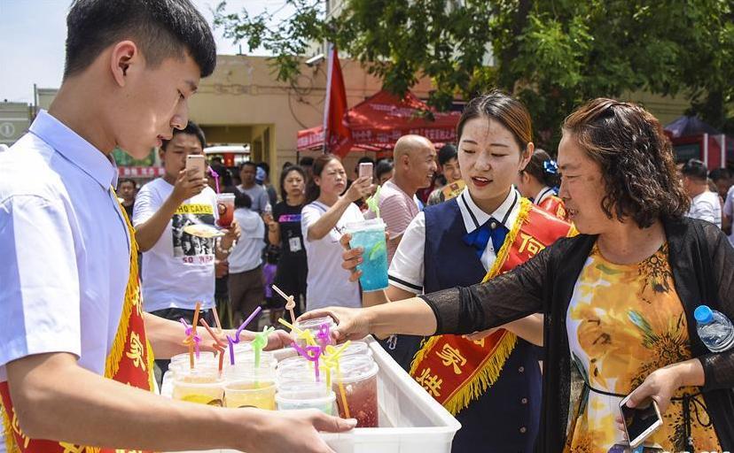 亚洲人民对美好生活的向往变成现实