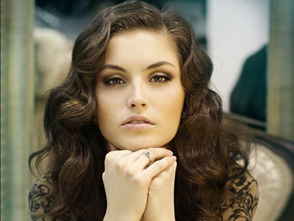 白俄罗斯24大美女出炉 才貌双全显迷人风情