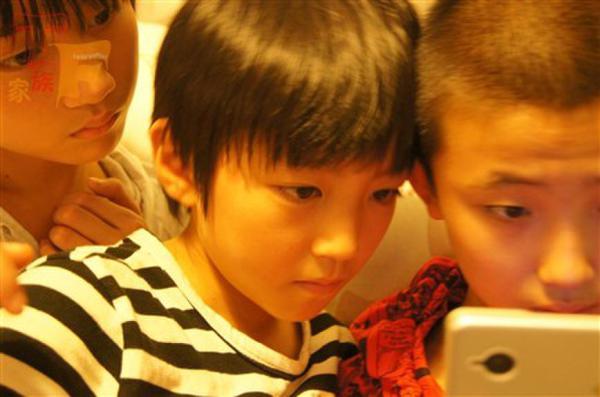 王俊凯17岁生日会 tfboys王俊凯海量童年照