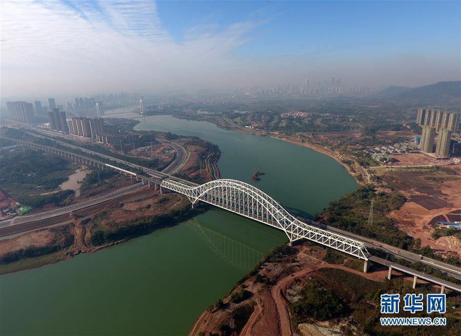 (年终报道)(3)广西加快交通路网建设助推全面小康