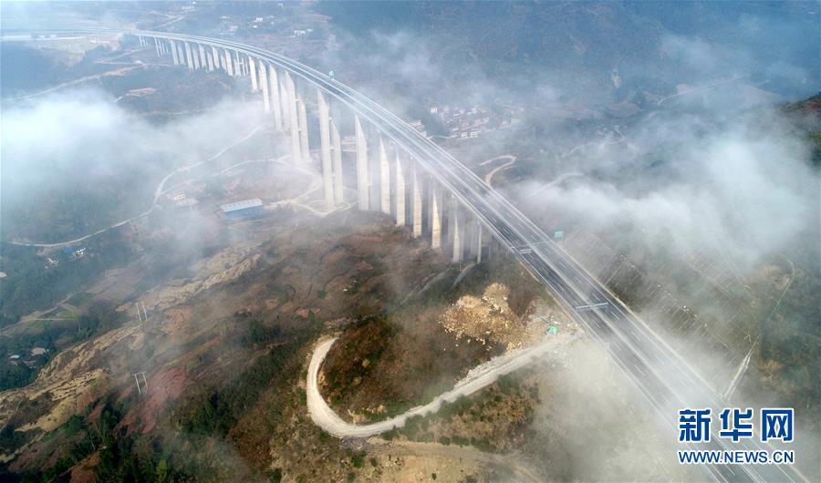 #(经济)(1)利万高速公路即将开通运营