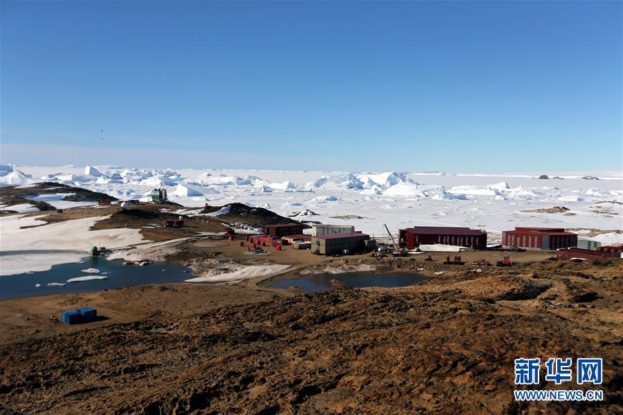 (第34次南极科考·图文互动)(2)通讯:中山站正是雪化时