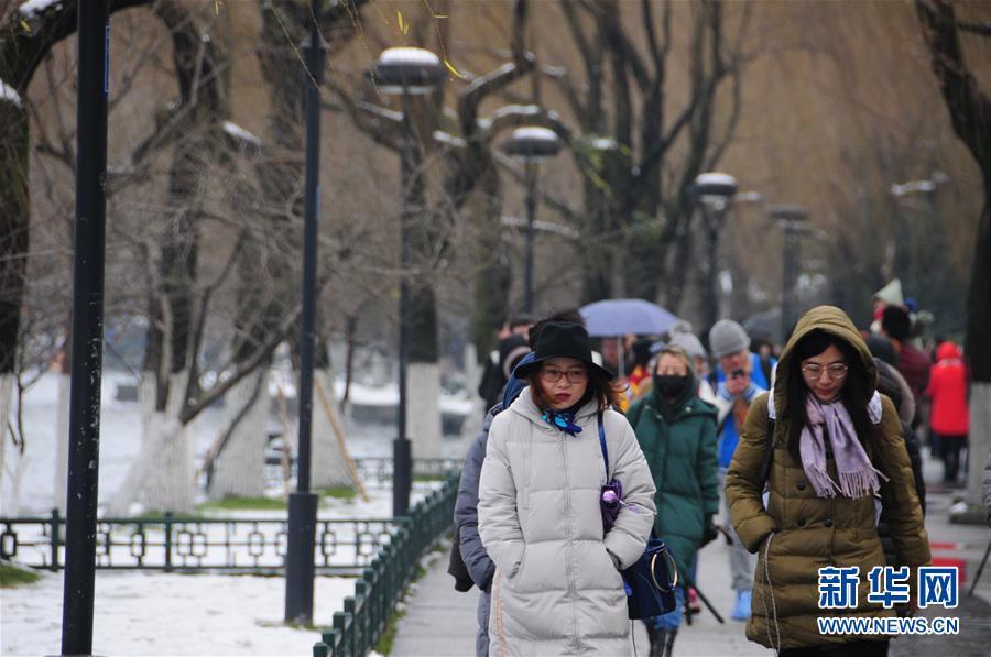 (环境)(1)杭州西湖:残雪依稀寒意浓