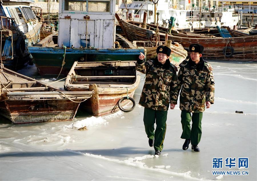 (社会)(2)踏冰巡防保平安