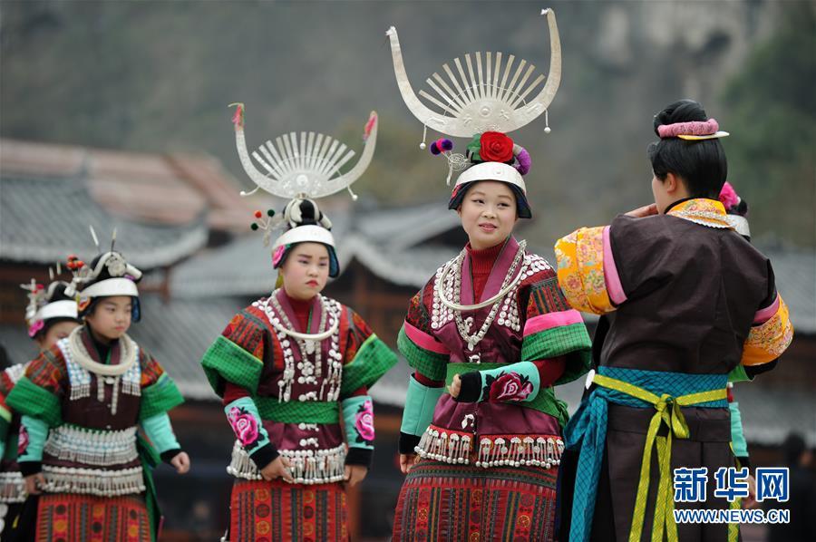 (社会)(2)贵州凯里:芦笙舞步闹新春