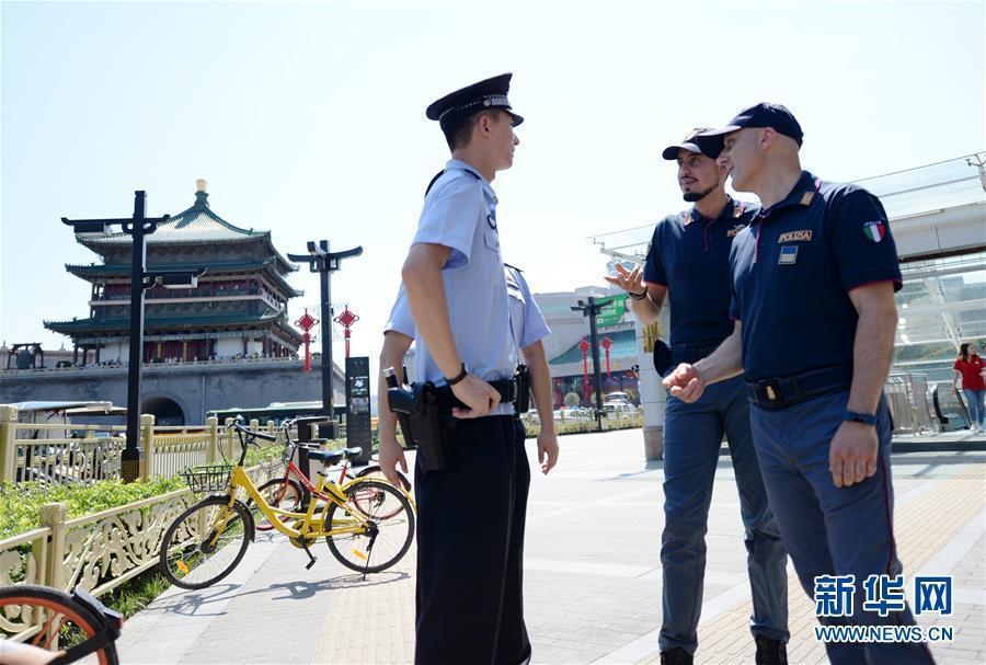 (社会)(4)中意警方启动第二次在华警务联合巡逻