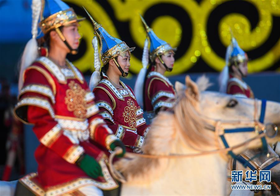 (XHDW)(5)中國·呼和塔拉蒙古馬文化藝術周在呼和浩特拉開帷幕