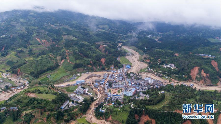 (社会)(1)云南麻栗坡灾区交通电力和饮水基本恢复
