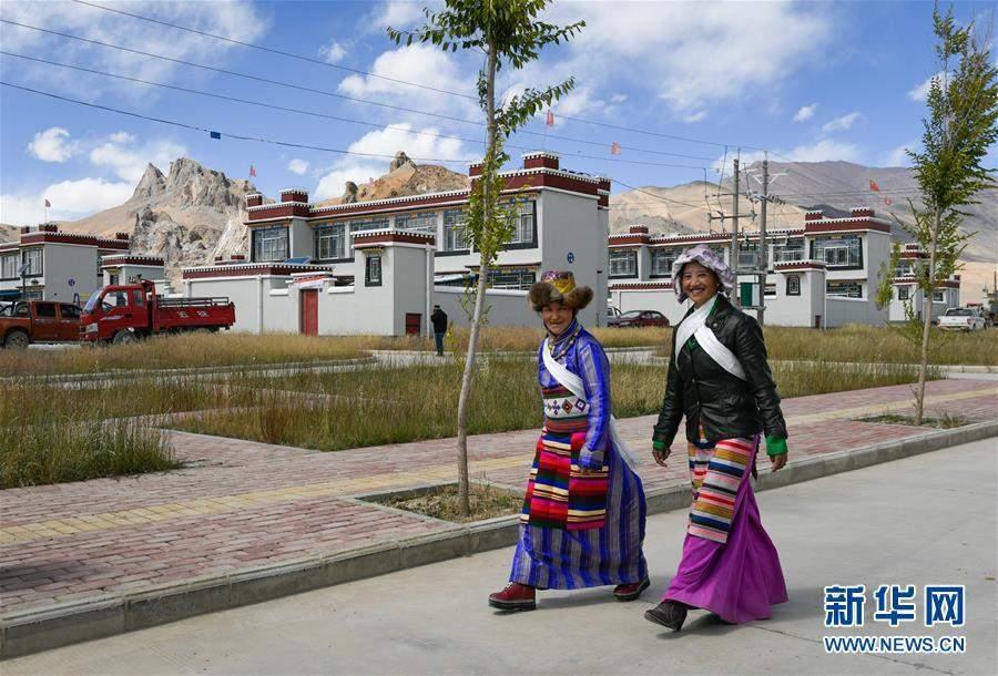 (脱贫攻坚)(1)西藏阿里:建设中的边境小康示范村