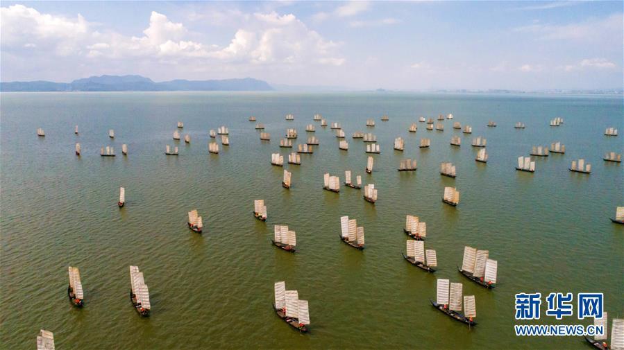 (经济)(1)云南滇池:开湖季 捕鱼忙
