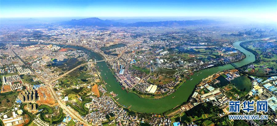 (社会)(1)壮阔的西江黄金水道