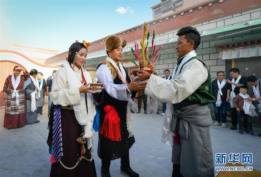(文化)(2)国庆节期间的藏式婚礼