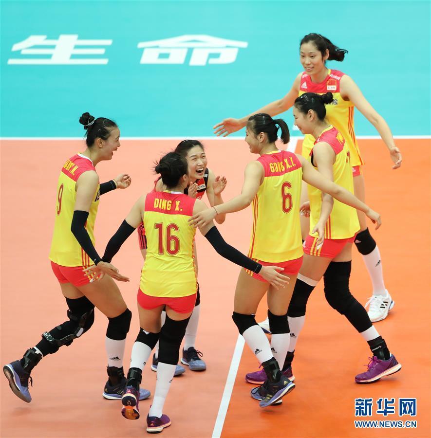 (体育)(1)排球——女排世锦赛:中国胜美国