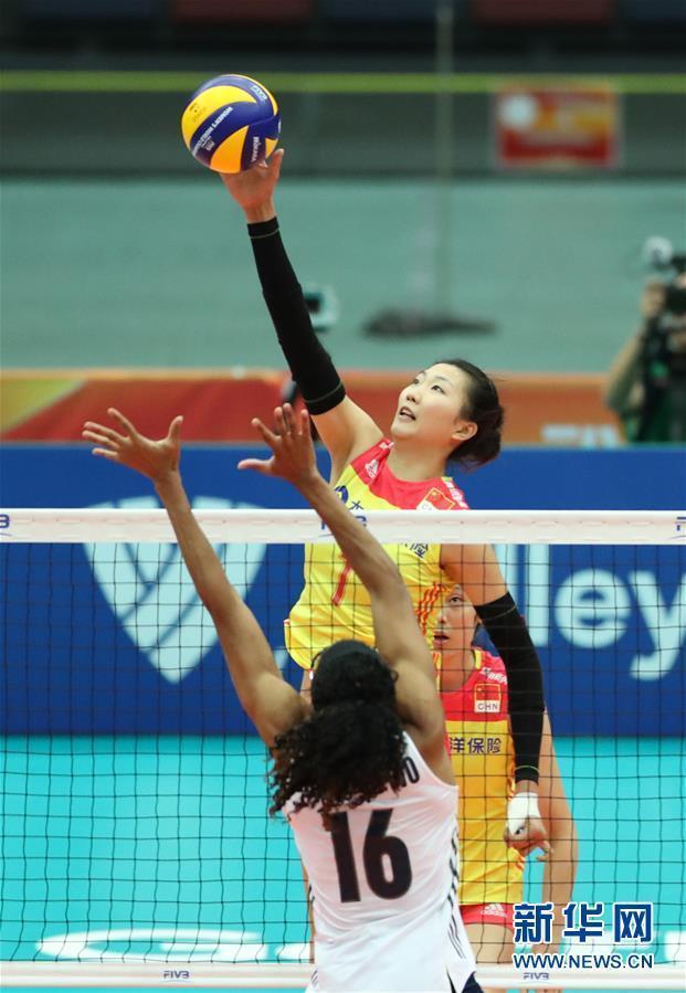 (体育)(4)排球——女排世锦赛:中国胜美国