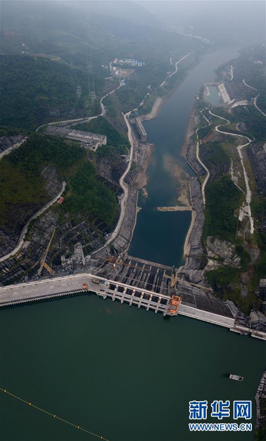 """(社会)(1)""""飞阅""""广西红水河水电基地群"""