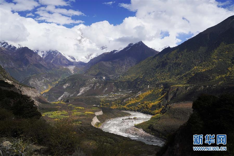 (社会)(3)雅鲁藏布江堰塞湖河段基本恢复正常过流
