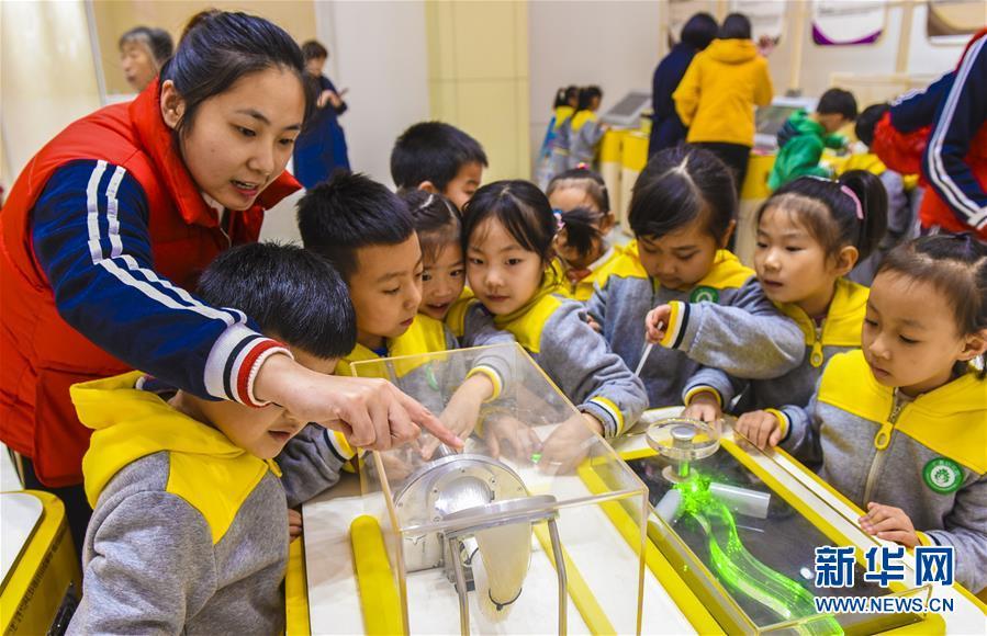 (科技)(3)河北深州:走进中国流动科技馆