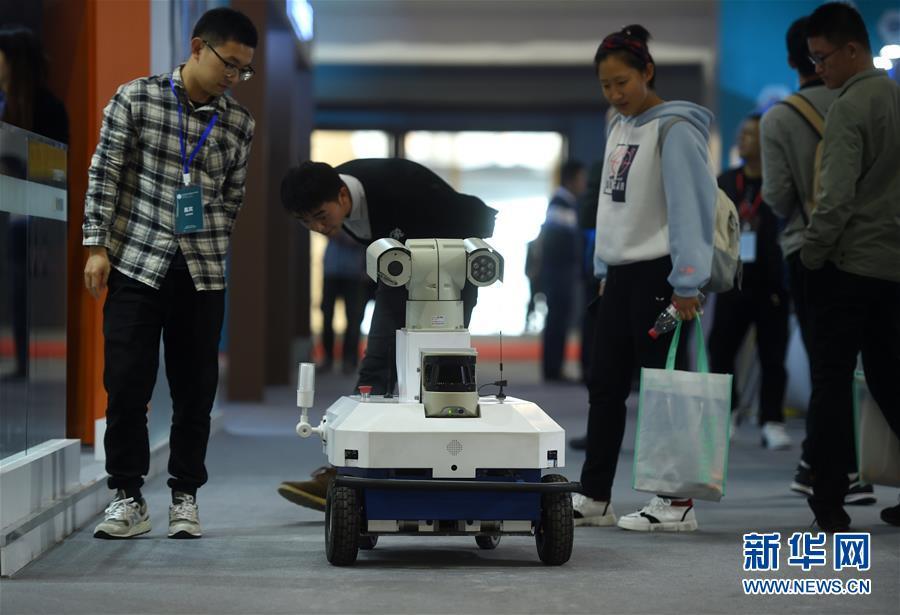 (科技)(1)杭州:机器人各显神通