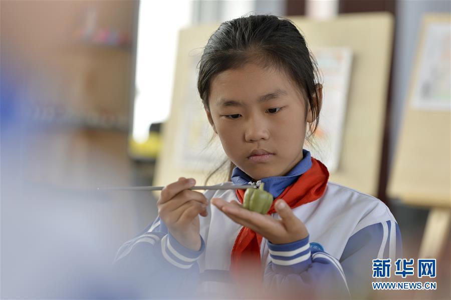 #(社會)(2)面塑技藝進校園 傳承傳統文化