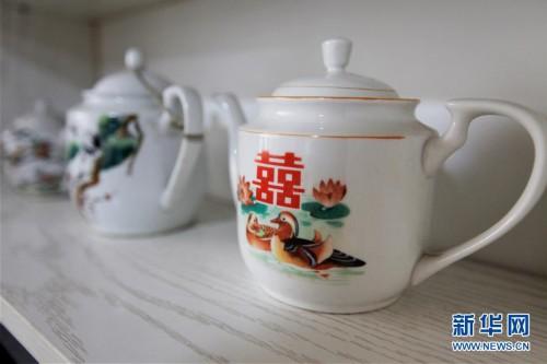 """(图文互动)(1)吉林小山村刮起""""土味""""时尚风"""