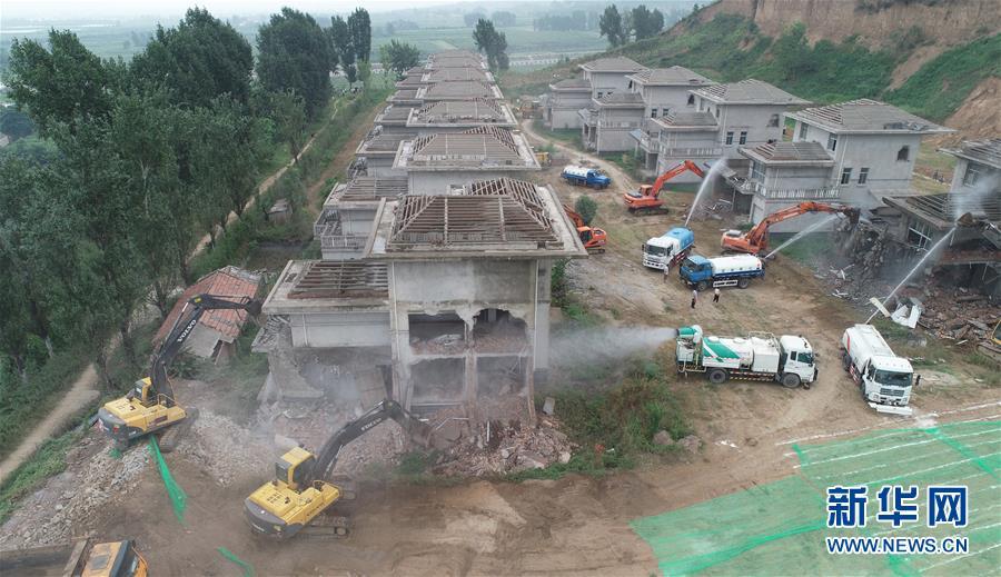 (新华全媒头条·图文互动)(4)攻坚,为了美丽中国——党的十八大以来污染防治纪实