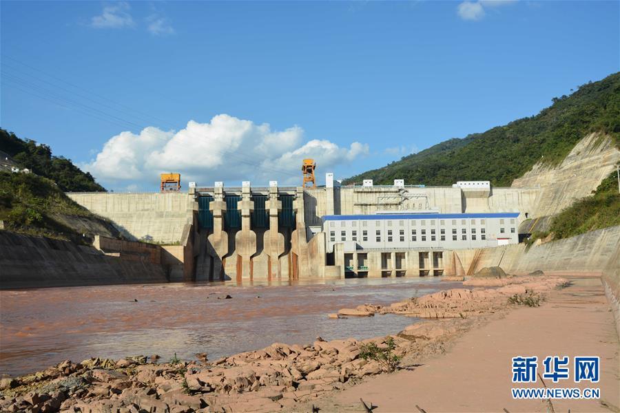 """(国际·图文互动)(2)""""一带一路""""上的""""七明珠""""——老挝南欧江水电站的绿色发展故事"""