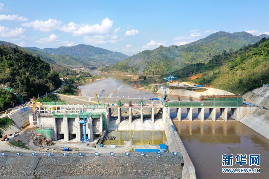"""(国际·图文互动)(11)""""一带一路""""上的""""七明珠""""——老挝南欧江水电站的绿色发展故事"""