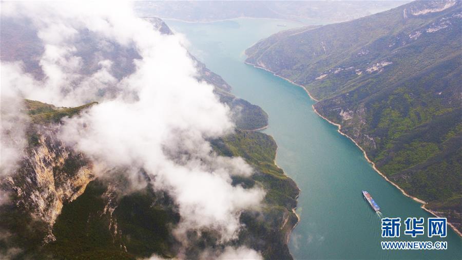 (环境)(5)云雾缭绕瞿塘峡