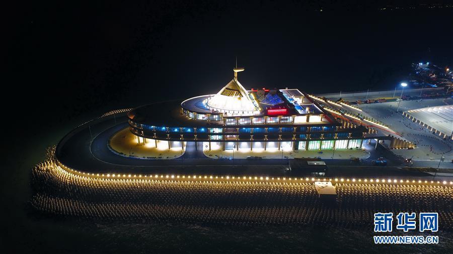 (图文互动)(1)港珠澳大桥将启动东人工岛旅游开发