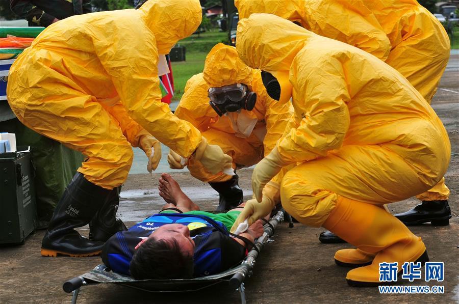 """(国际)(1)""""和平列车""""中老卫生防疫人员展开全面防控训练"""