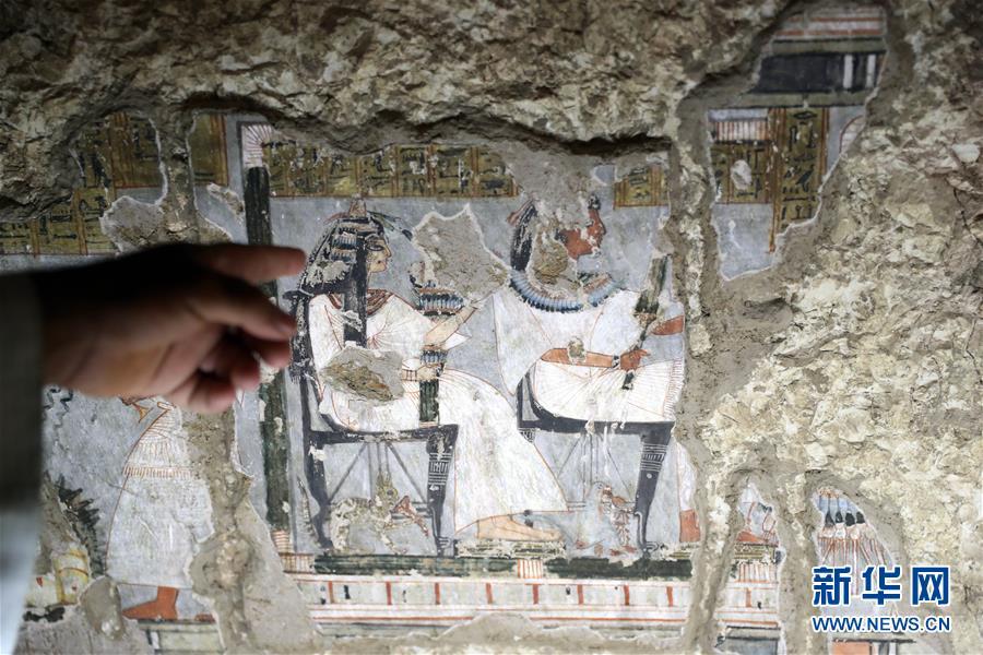 (国际)(8)埃及两座3300年历史的古墓正式向游客开放