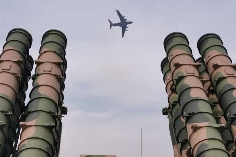 """(图文互动)(1)空军航空开放活动""""第一现场""""透射强国兴军新航迹"""