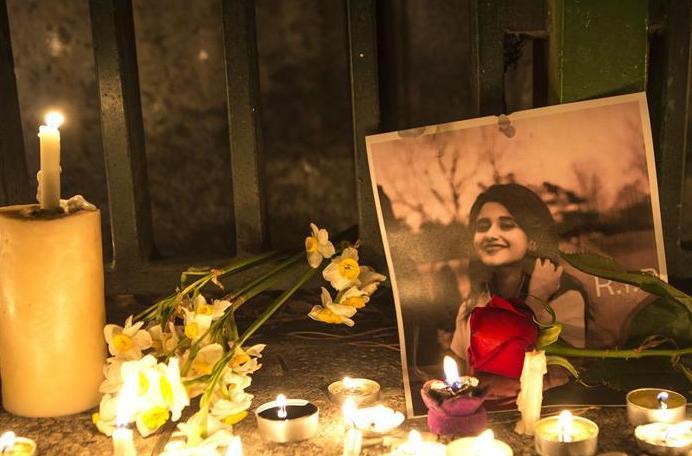 (国际)(3)民众悼念乌克兰失事客机遇难者