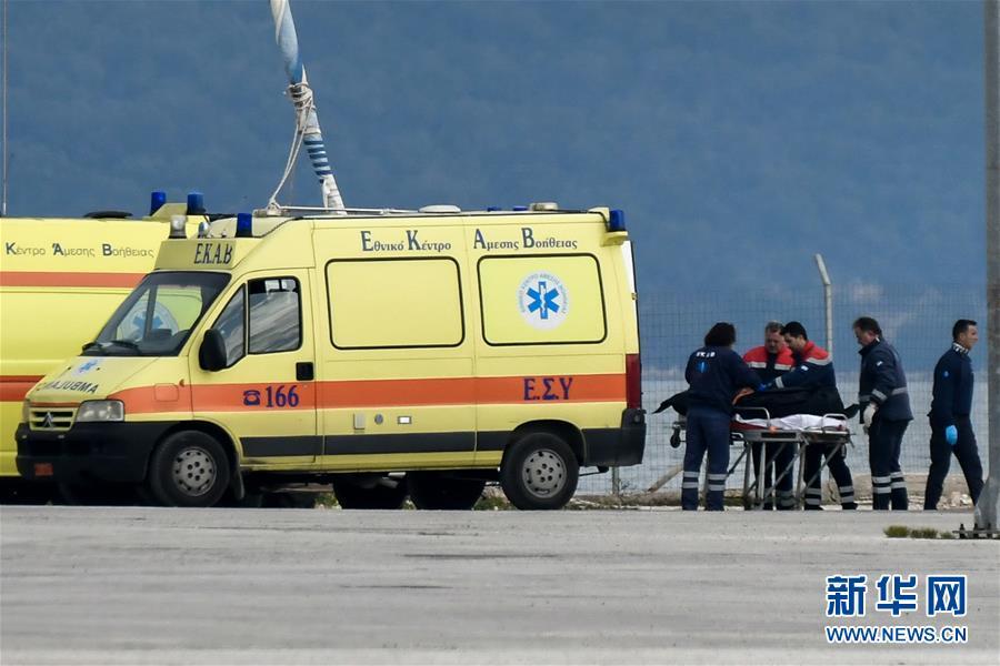 (国际)(1)一难民船在希腊附近海域沉没12人死亡