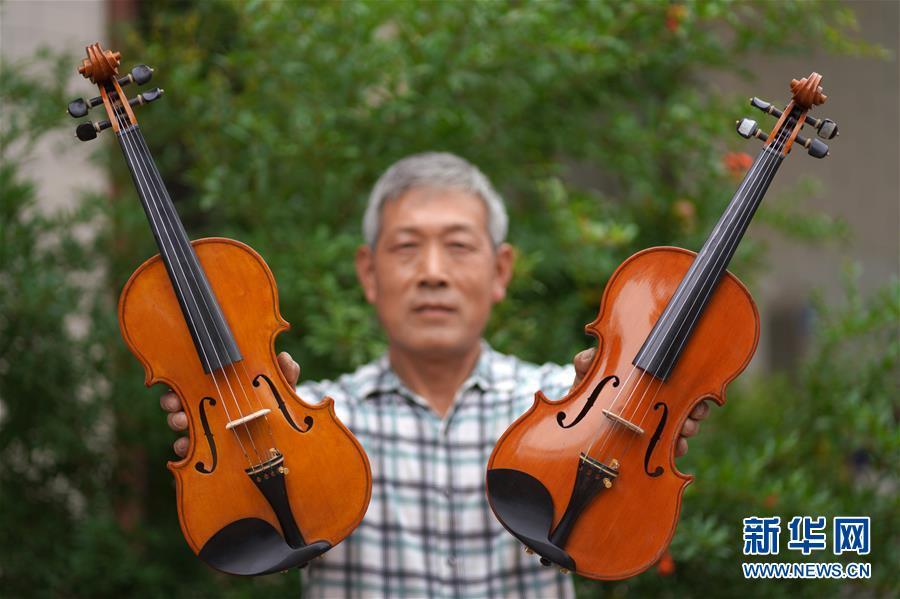 (图片故事)(1)为梦想而执着——河北六旬农民36年巧手制作小提琴