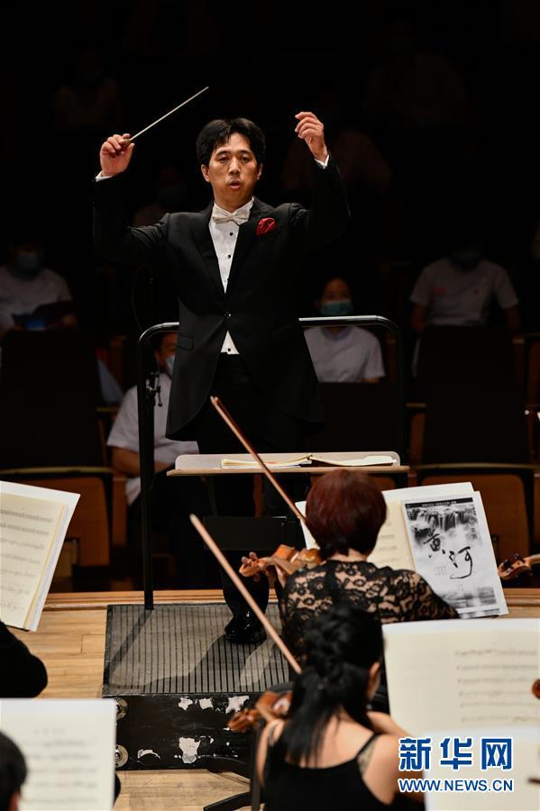 (文化)(5)复工复演 天津市音乐类剧场演出首演在天津大剧院举行