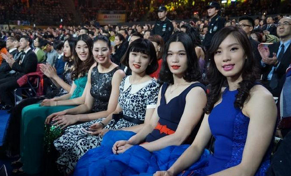 脖子以下全是腿 中国女排颜值逆天各个似超模