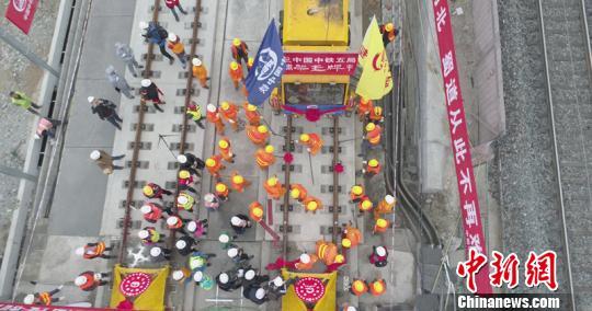 西成客专有望国庆期间开通运营成都出发8小时至北京