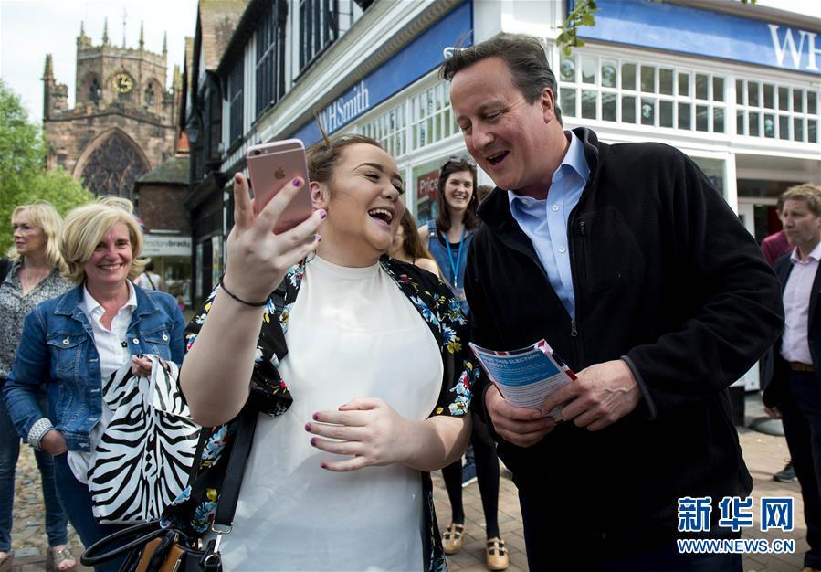 (XHDW)(1)英国前首相卡梅伦为大选拉票
