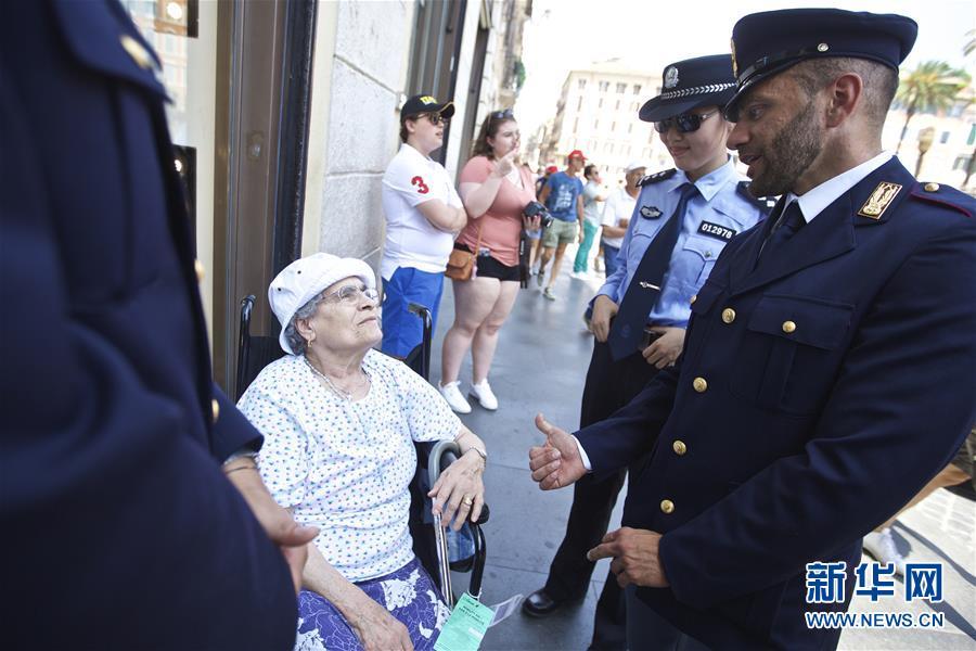 (国际)(2)中国意大利两国警方在意开展警务联合巡逻