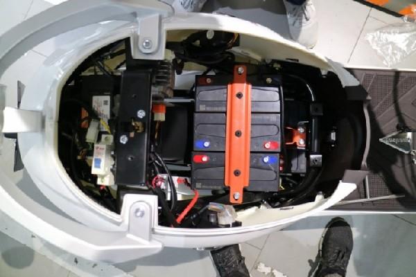 雅迪控制器60v电路图