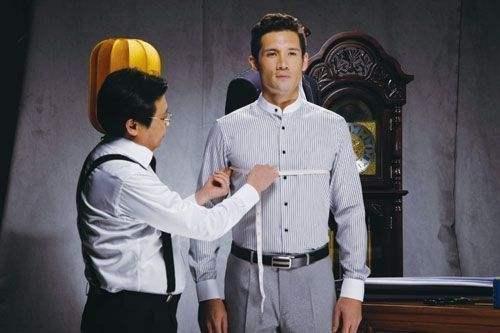 """定制衬衫催生""""量体师""""新职业 销售收益的30%归量体师"""